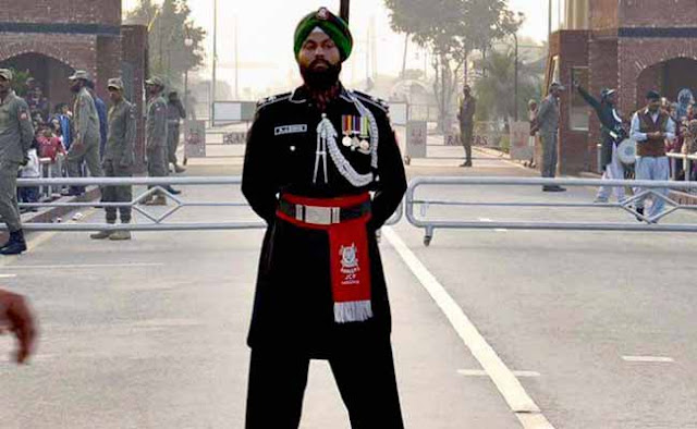 Amarjit Singh, a Pakistani Sikh Ranger, took part in the theatrical  Beating Retreat ceremony at the Wagah border on Thursday.  As he emerged from the Pakistani side to match steps with Indian troops, audience at both side of the border  broke into an applause.