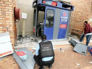 Gali tanah berbulan-bulan untuk rompak mesin ATM di England