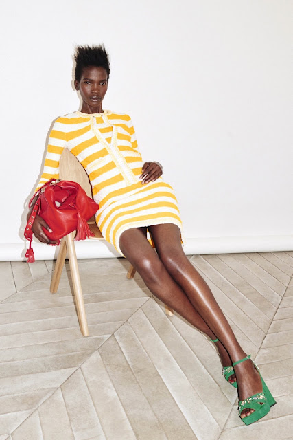 carteras balde, carteras sonia rykiel, sonia rykiel, resort 2016, coleccion resort 2016, crucero 2016, blog de bolsos y carteras, carteras resort 2016, colores, carteras rayadas, carteras con entretejido,  blogs de moda de argentina, fashion blogger,