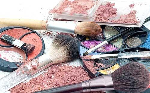 Como saber si tu maquillaje y cosmeticos han caducado