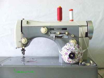 Lineecurve luglio 2011 for Macchina cucire necchi