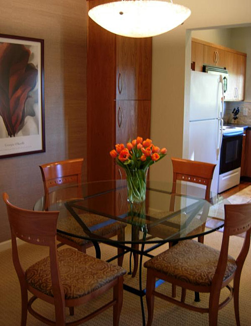 11 very small dining areas that many people have for Dining area ideas