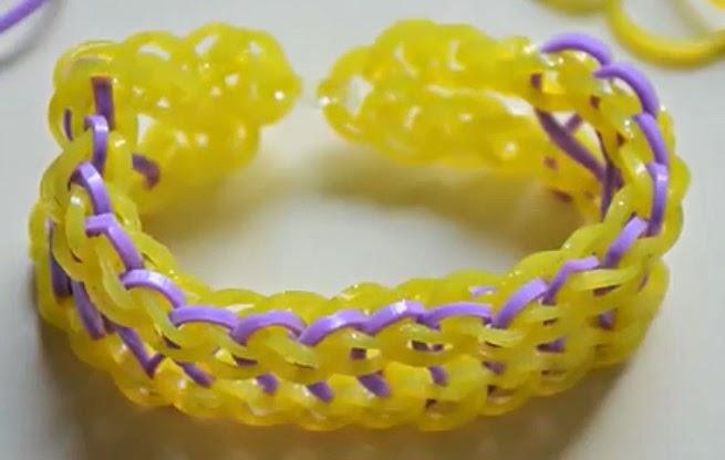 Cómo hacer una pulsera tipo Infinity de gomas
