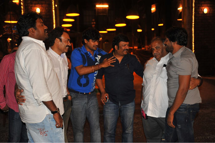 Pawan Kalyan's Camera Man Gangato Rambabu working stills