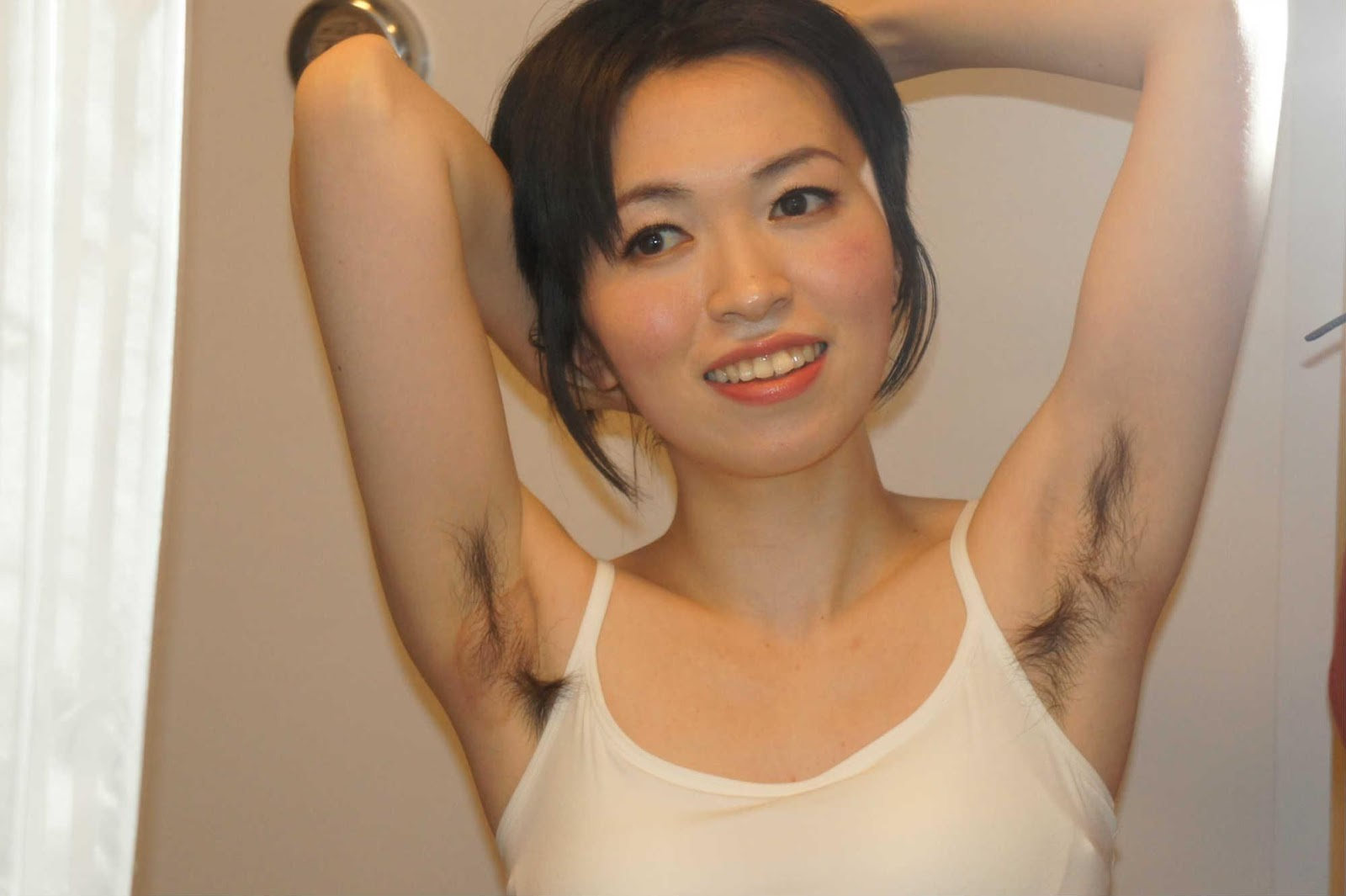 How girls shaved arm pits happened