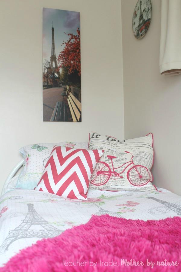 paris_Bedroom_guest_post