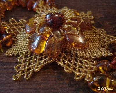 ожерелье янтарь
