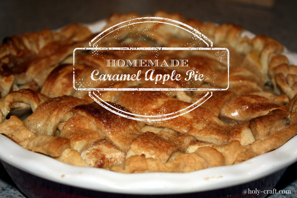 Homemade Caramel Apple Pie - Rachel Teodoro