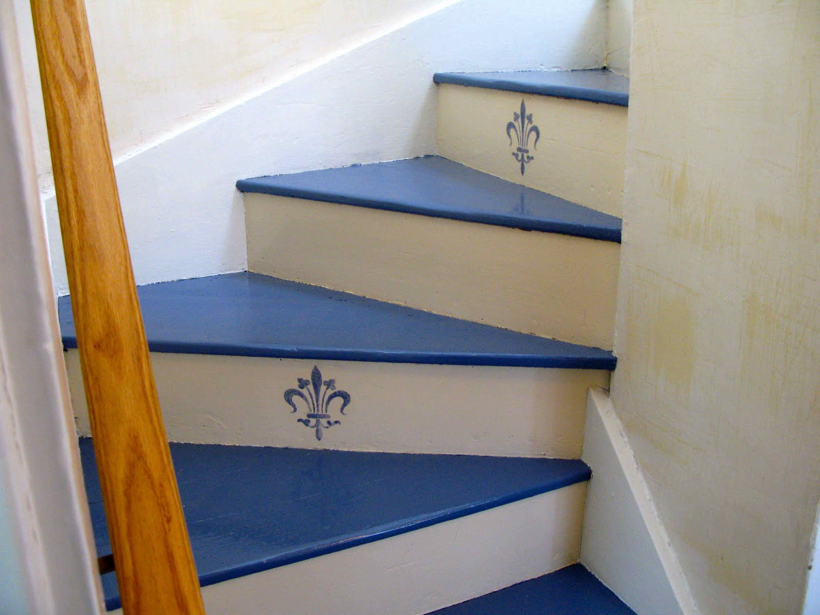 Painted Stairs Beebeegrace Painted Stairs