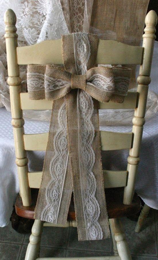 Decoración de las sillas para una celebración especial