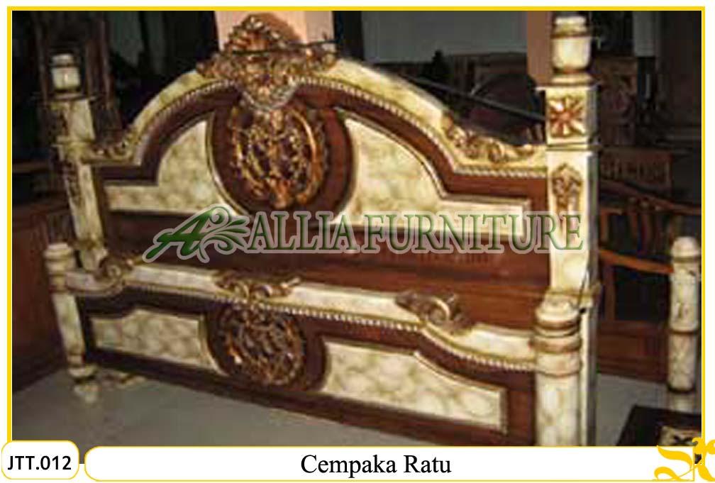 Tempat Tidur Ukiran Jati Cempaka Ratu - www.alliafurniture.com