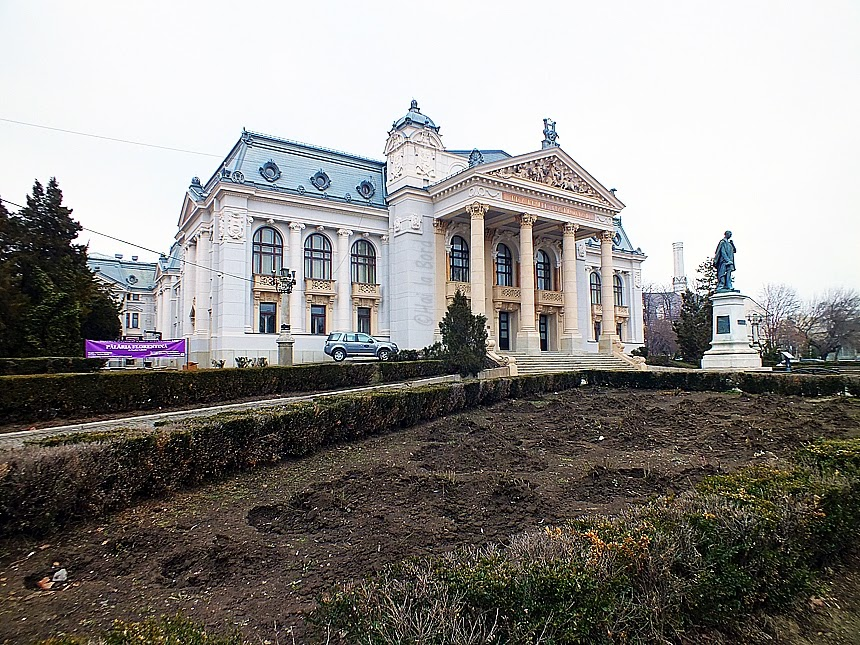 teatrul national vasile alecsandri iasi