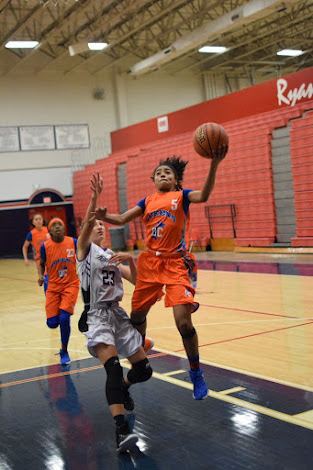 DC QUEENS 2023 Orange Victoria Flores