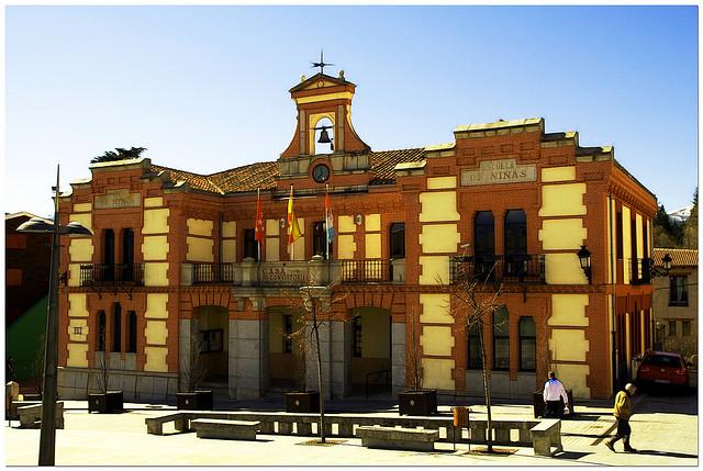 escuela rural Madrid escapada viajar