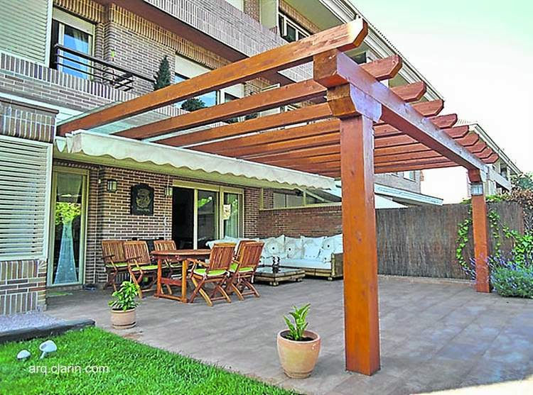 Arquitectura de casas p rgolas de madera complementos for Modelos de patios