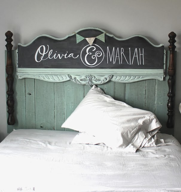 Gorgeous pallet wood chalkboard headboard, by Namely Original, featured on http://www.ilovethatjunk.com