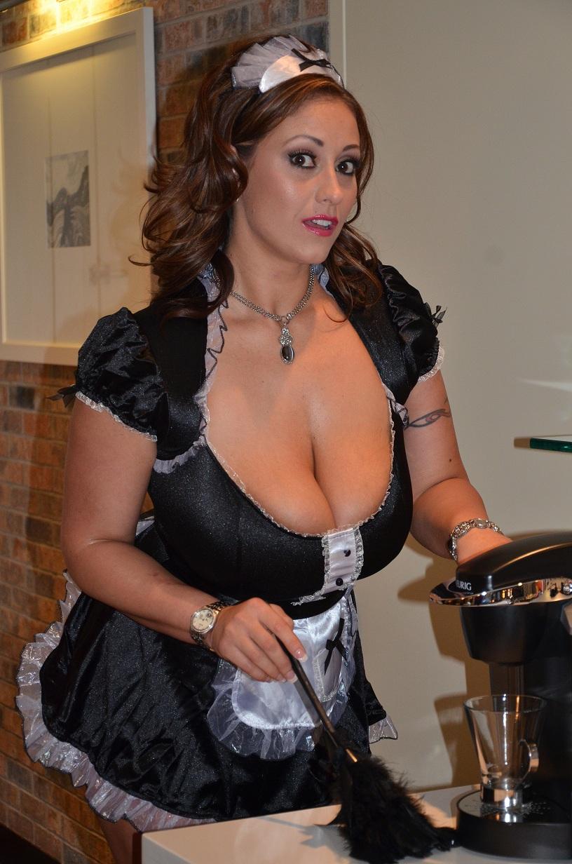 bbw maid