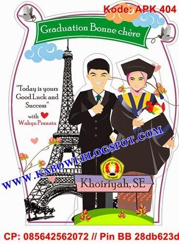plakat wisuda animasi desain karikatur graduation gift kado unik hadiah lucu boneka couple anniversary pacar cowok
