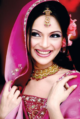 Beautiful Indian Dress For Bridal  Wedding Makeup, bridal wedding makeup pic, wedding dress