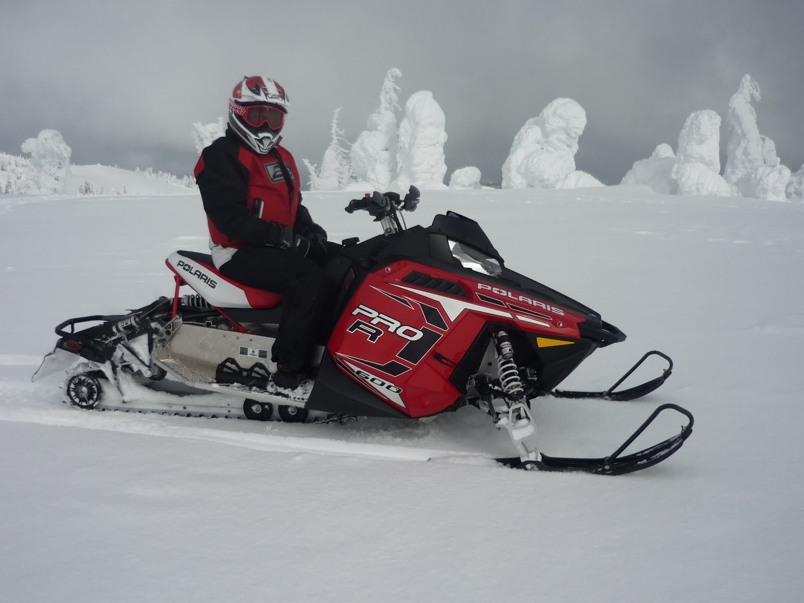 1st Impressions of Snowshoot   Snowmobiler TV Snow Goer Canada