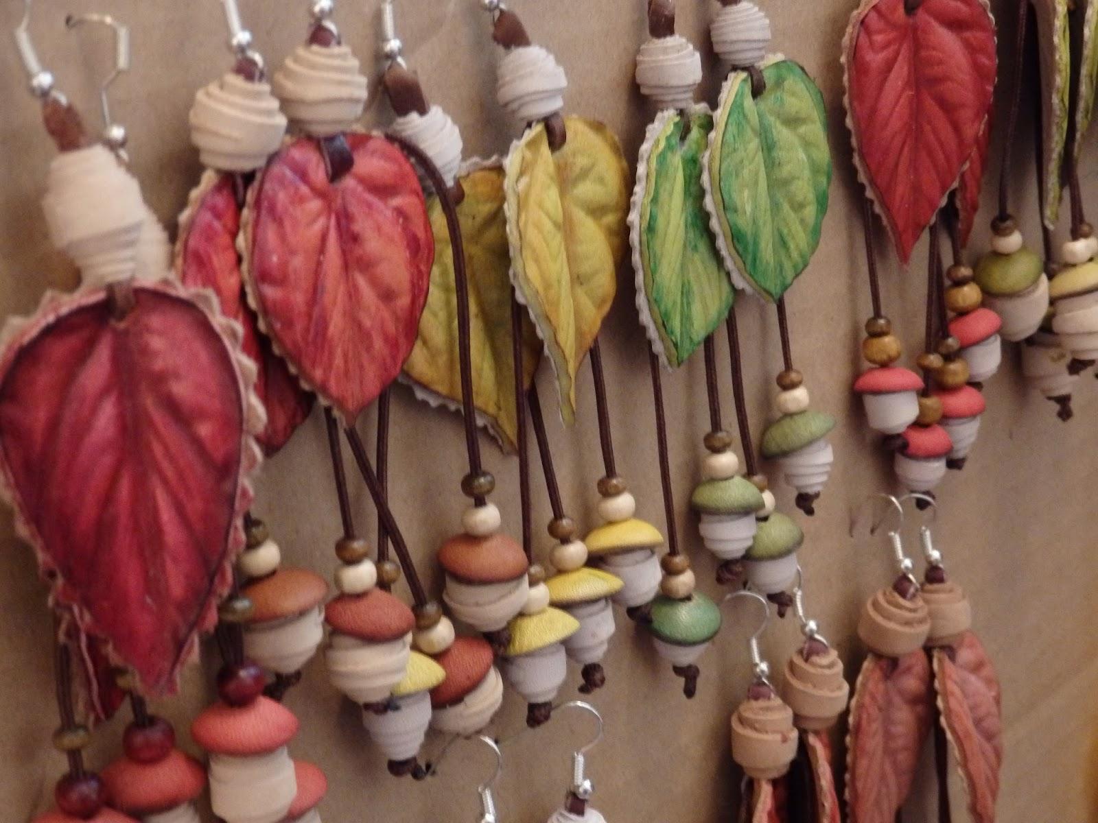 выставка, театр вещей, Калуга, листья, кожа