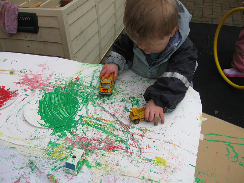 Car track painting pre school play for Car painting school