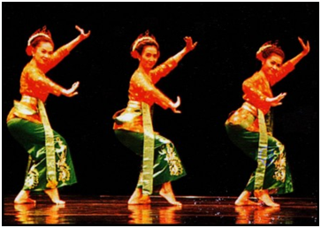 Indonesia Traditional Dance