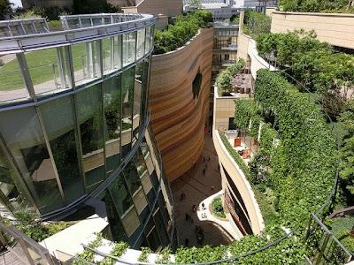 http://www.digitallifeplus.com/8814/an-impressive-8-level-park-in-osaka/namba-parks-03-640x480/