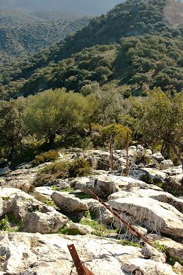 Valla entre Albarracín y Cerro Ponce