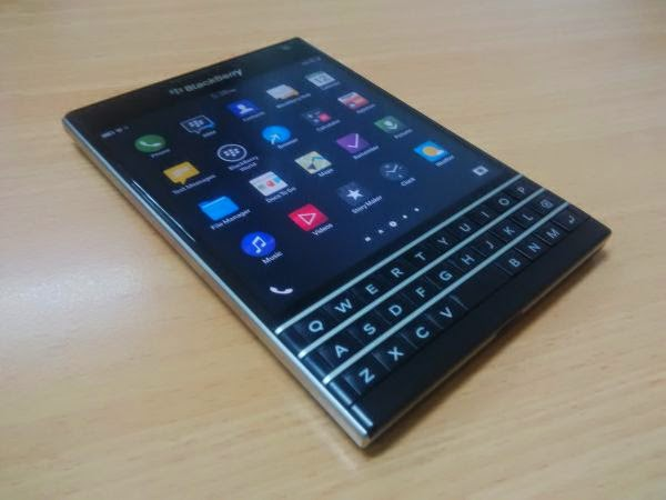 BlackBerry Passport OS