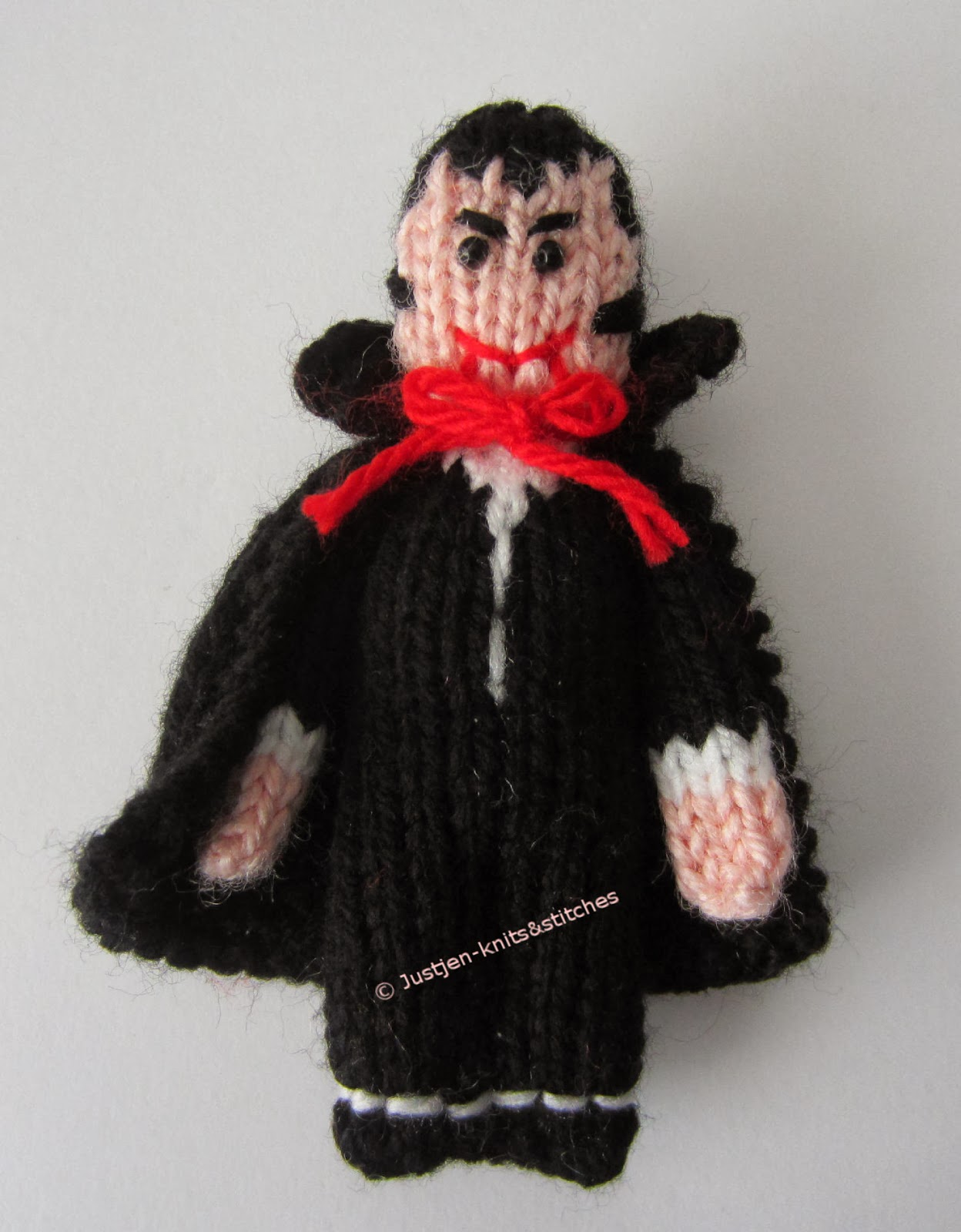 Halloween Knitting Patterns : Justjen-knits&stitches: The Little Vampire