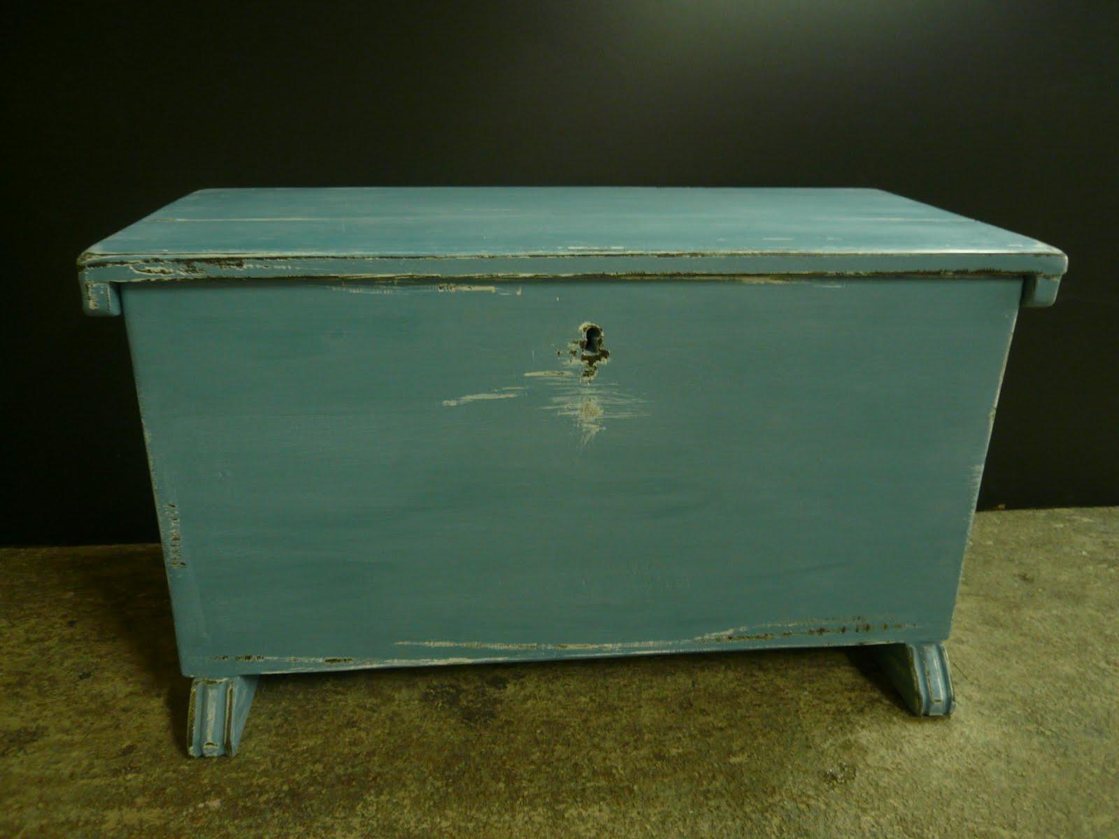 Mi las mobles baguls r stics estil antic mobles pintats i decapats - Mobles vintage barcelona ...