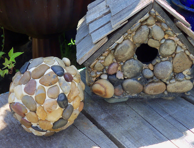 river stone garden ball and bird house, diy project
