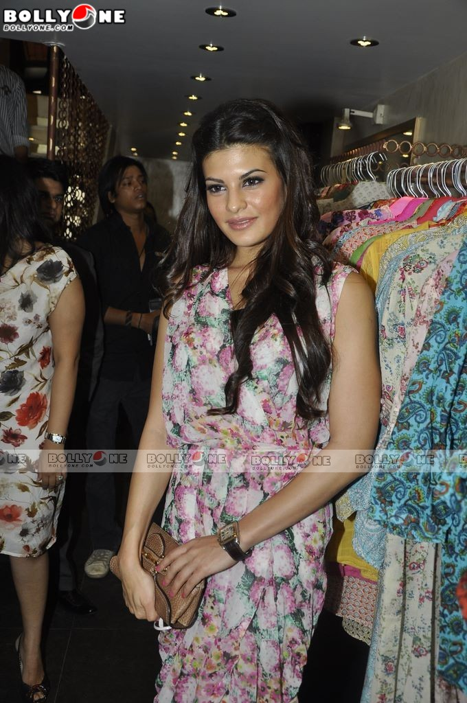 , Jacqueline Fernandez At Love From India Store Launch