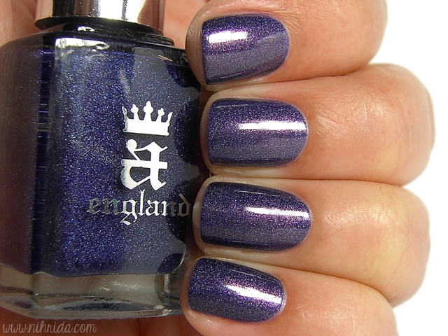 a England Hurt No Living Thing over Tristam