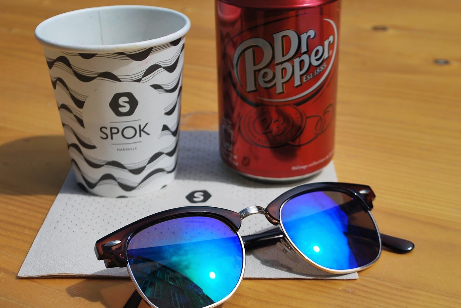 dr pepper, lunettes de soleil, spok marseille, terrasse
