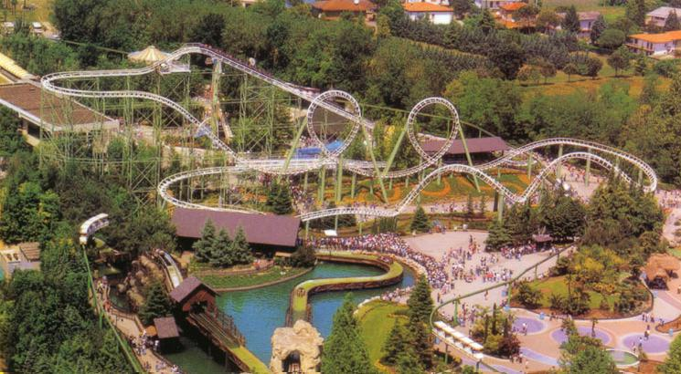 world beautifull places tours of gardaland in italy park