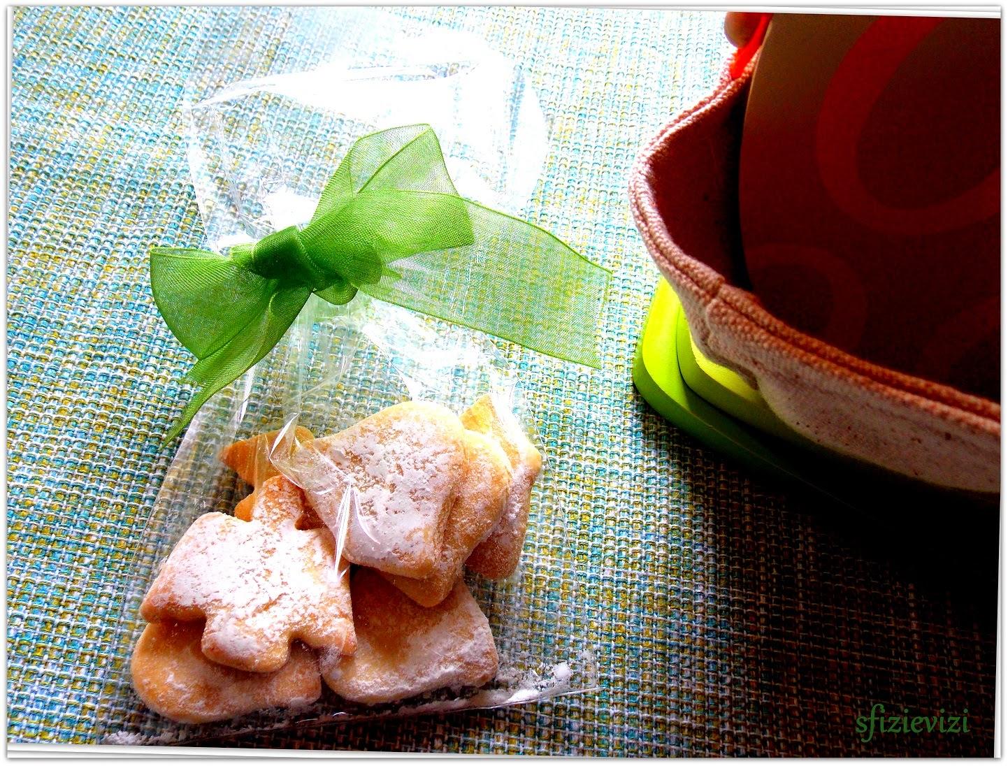 biscotti friabilissimi (ricetta con amido e senza latticini) a tema pasquale  e un'idea  per pasqua