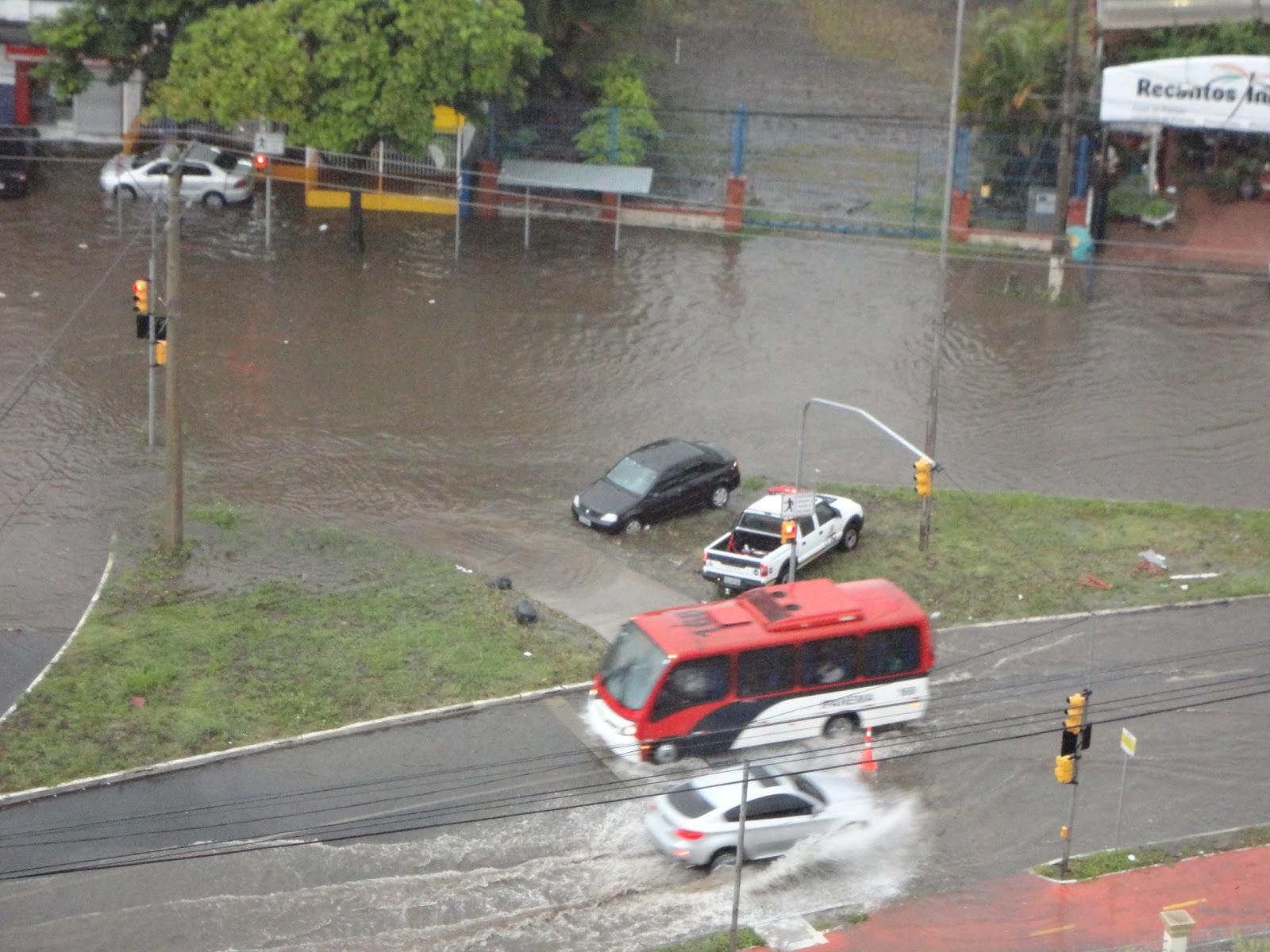 #8D453E DA JANELA DO PLANALTO: ALAGAMENTO em PORTO ALEGRE! 546 Janelas Em Aluminio Em Porto Alegre Rs