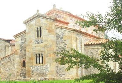 Villaviciosa, Valdediós, iglesia de San Salvador, cabecera