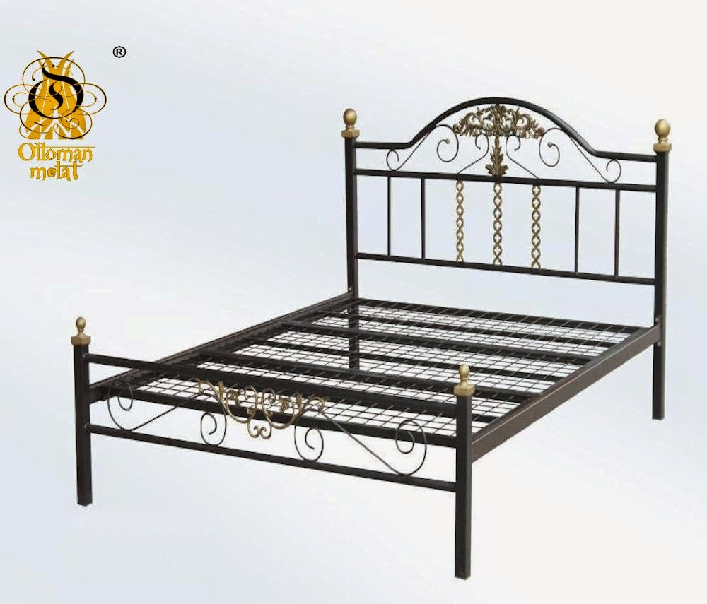 Wrought iron beds wrought iron metal latvia for Wrought iron bed