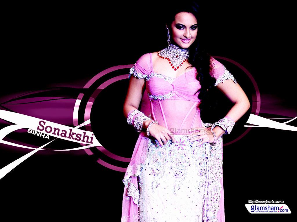 Sonakshi Sinha All Kisses