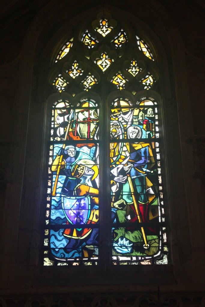 Amboise daily photo les vitraux de la chapelle saint hubert for B b la maison st hubert