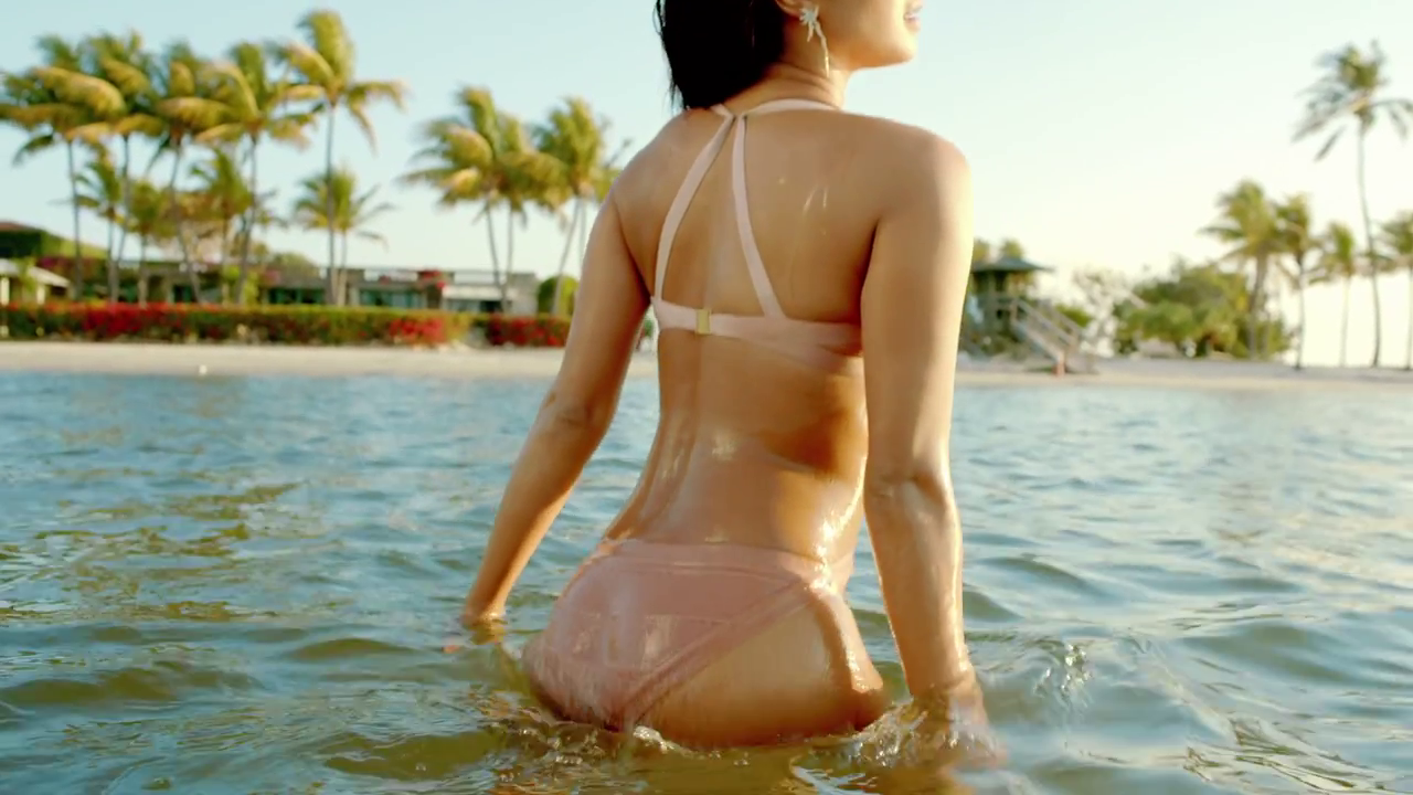 hot ass of priyanka chopra