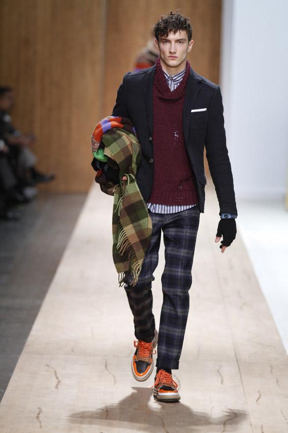 Modelos Masculinos Dos - Male Models 2: Frankie Morello: Moda para ...