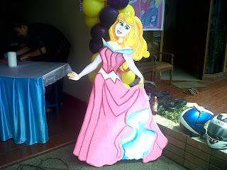 dekorasi styrofoam princes