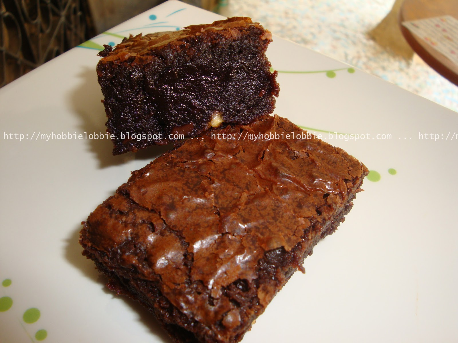 flourless chocolate cake decadent triple chocolate flourless brownies ...