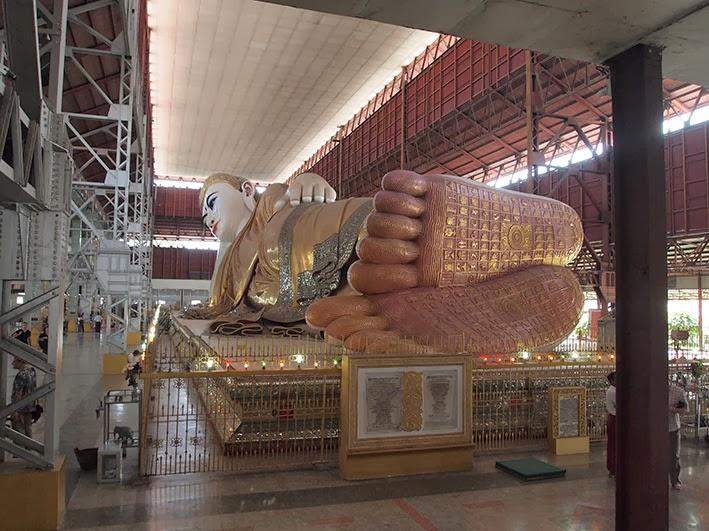 Reclining Buddha Chauk Htat Gyi Buddha, Rangoon