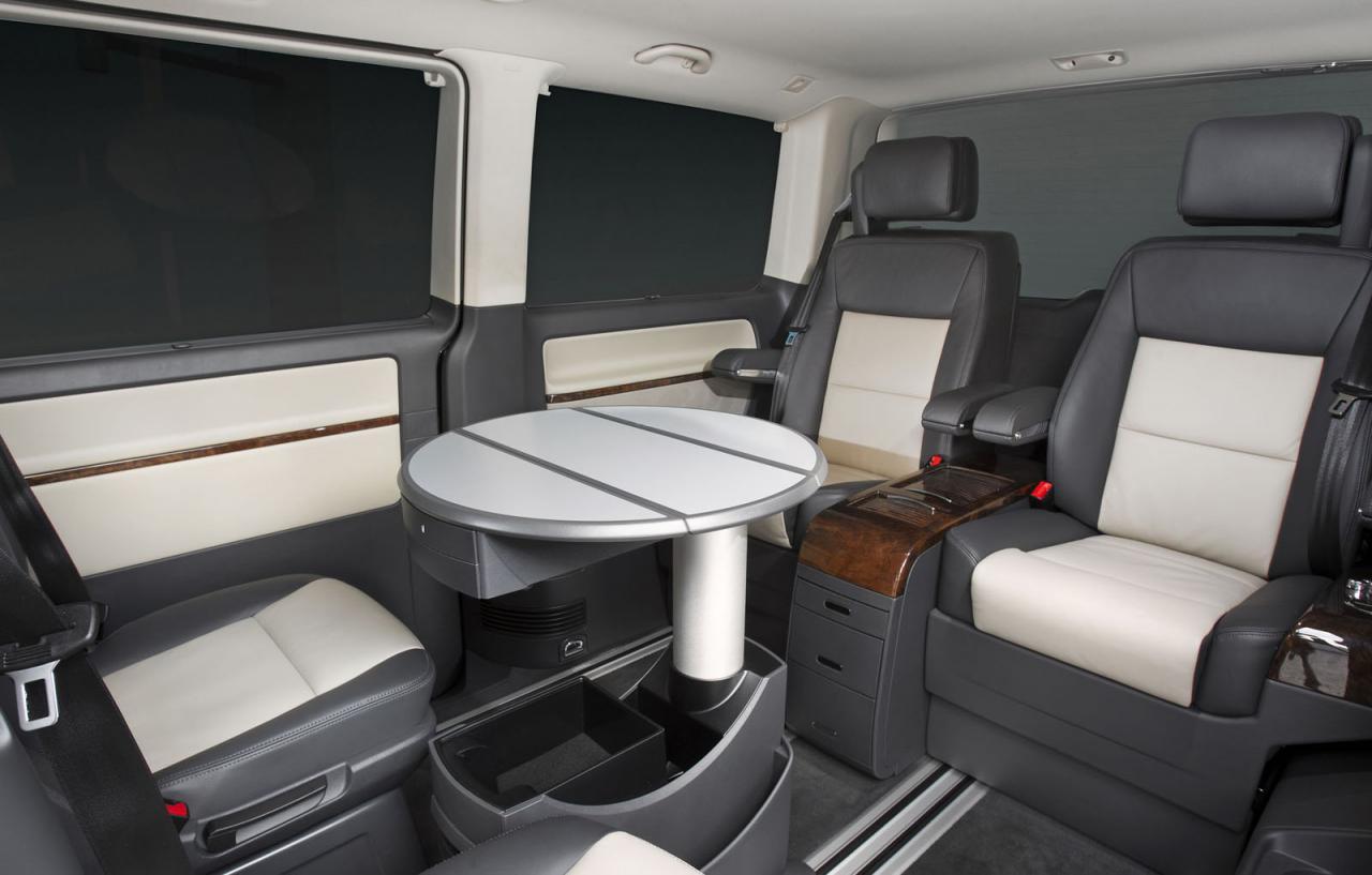 Volkswagen+Caravelle+Business+2.jpg