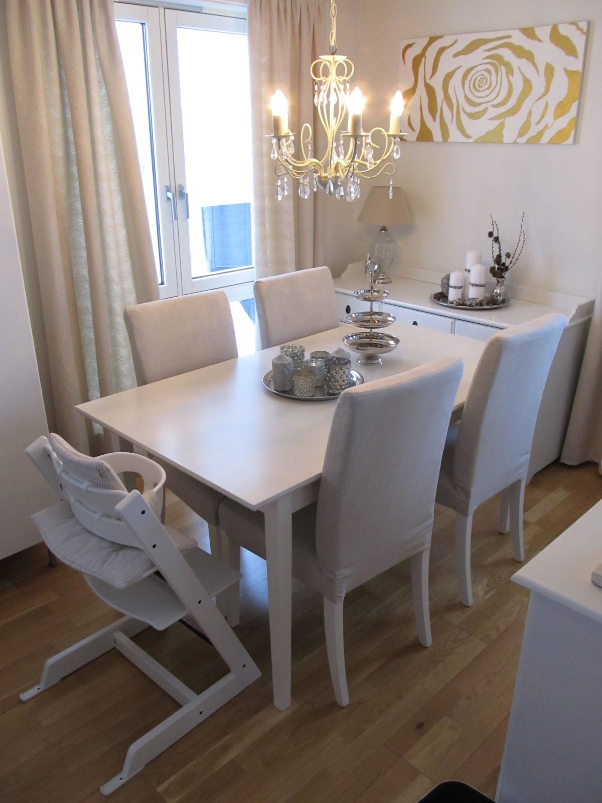villa greve ny spisestue. Black Bedroom Furniture Sets. Home Design Ideas